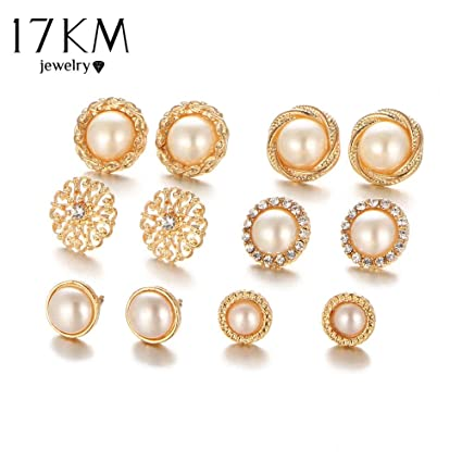 5af658045e1 Amazon.com: Charm&Luxury Earring Crystal Gold Color Flower Hollow ...