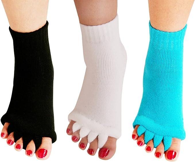 Amazon.com: Yoga Sports GYM Calcetines separadores de cinco ...