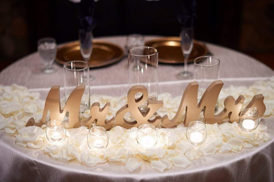 Terrific Amazon Com Wooden Mr And Mrs Sign For Wedding Sweetheart Download Free Architecture Designs Licukmadebymaigaardcom