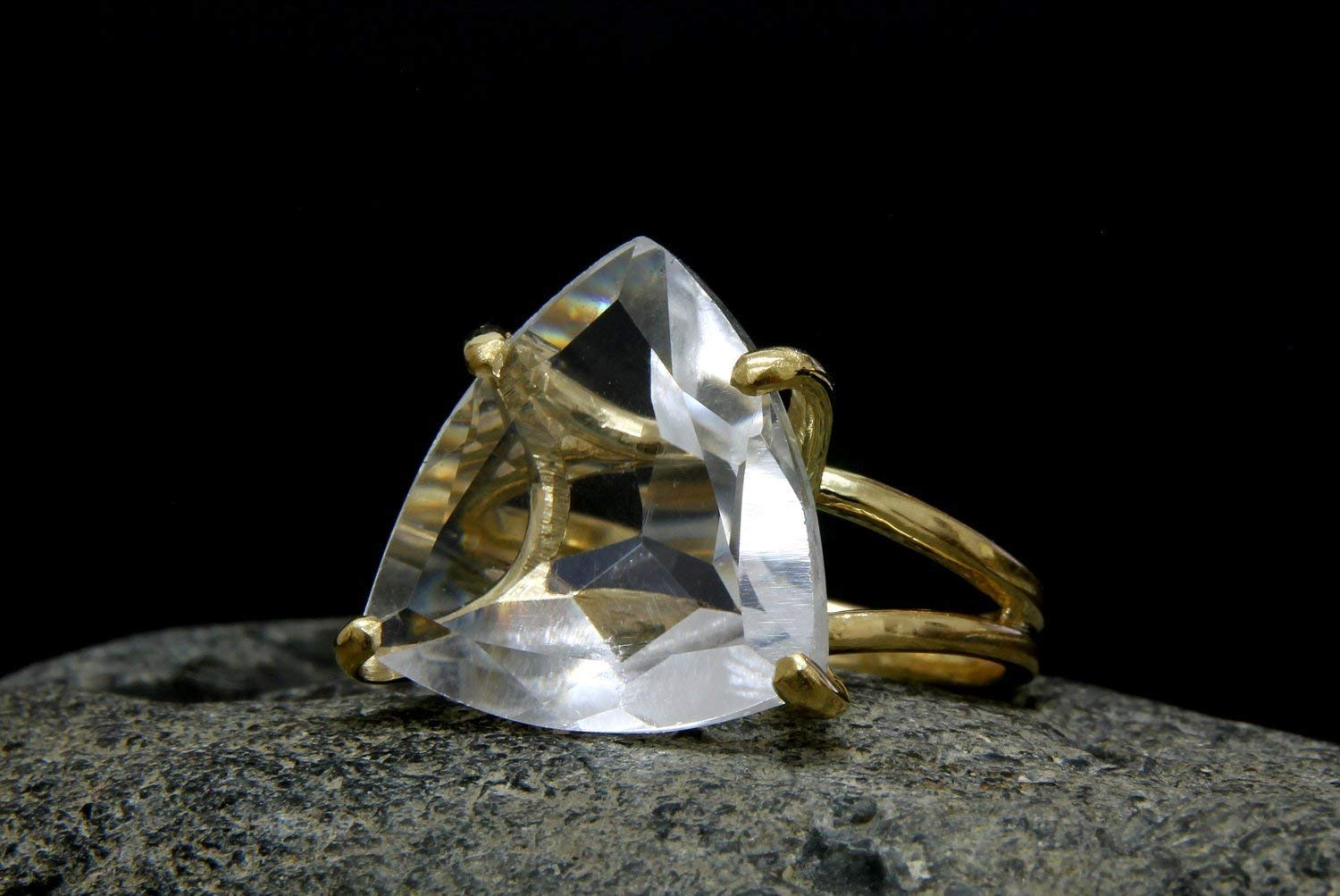 trillion quartz ring, wedding ring, trillion ring, triangle ring, gold ring, statement ring, gold cocktail ring