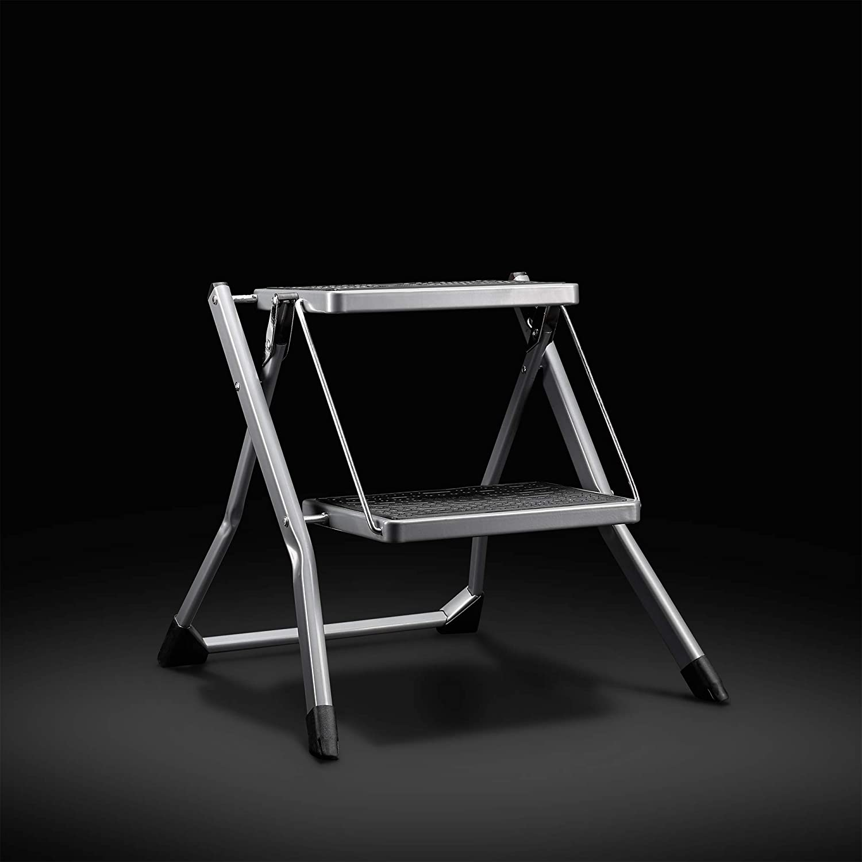 Ideale per Casa//Cucina//Garage Piedini Antiscivolo Design Pieghevole Facile da Conservare VonHaus Sgabello con 2 Gradini