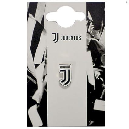 a05dcf7cf Amazon.com   Juventus Football Club Official Enamel Metal Crest Pin Badge  Team Logo Italy   Sports   Outdoors