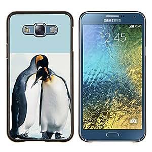 TECHCASE---Cubierta de la caja de protección para la piel dura ** Samsung Galaxy E7 E700 ** --Pingüino lindo Amigos