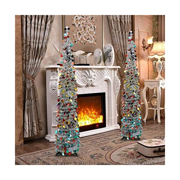 Joy-Leo-Christmas-Tree