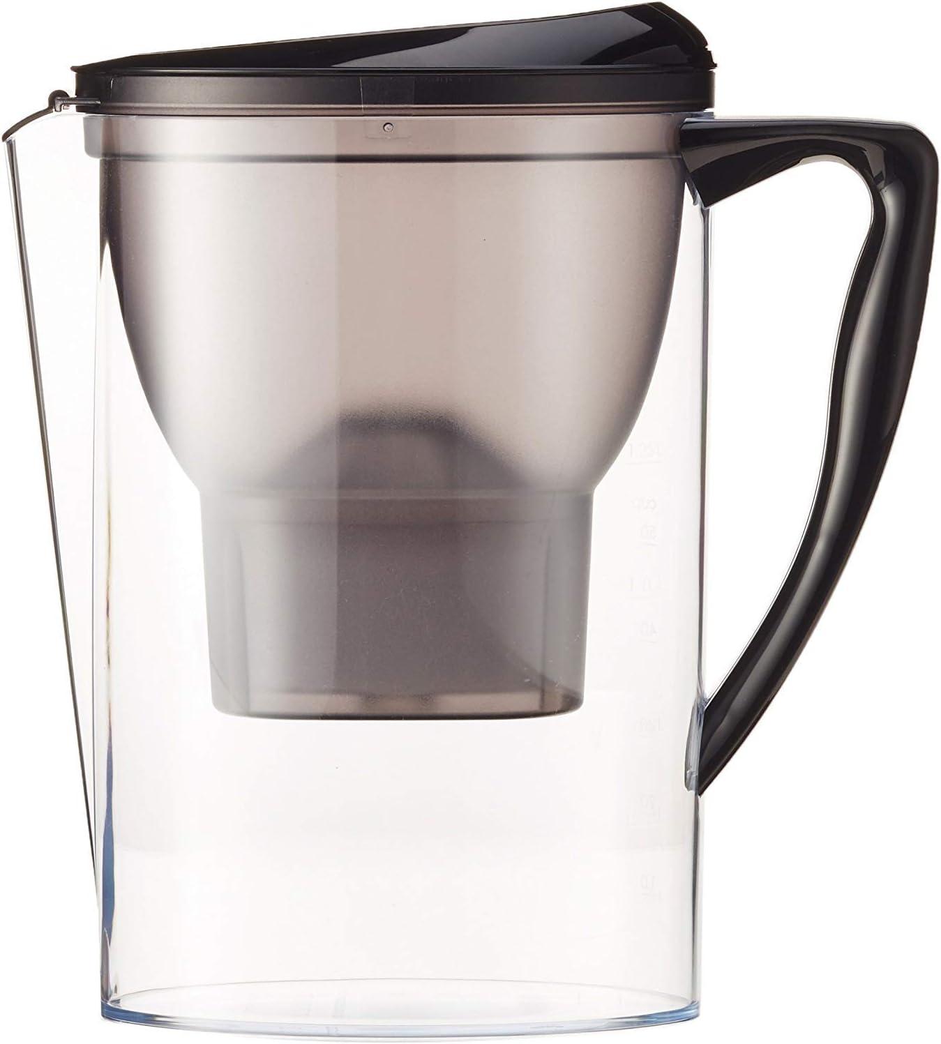 AmazonBasics – Jarra de filtrado de agua (2,3 L) - Negro