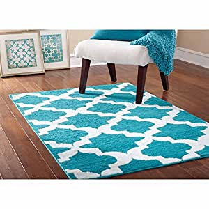 "45"" x 66"" Quatrefoil Stain Resistant Area Rug, Teal/White"