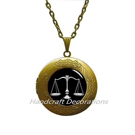 Collar con medallón de Lawyer, con medallón de llavero de ...