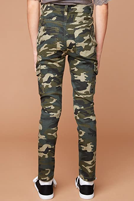 8443197adece4 Amazon.com: Hayden Camo Print Jeggings with Pockets: Clothing