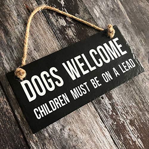 weewen Dogs Welcome Sign Funny Dog Sign Dog Slate Sign Dog Plaque Gift for Her Hate Children Pets Wood Sign Wall Decor Garden Signs and Plaques