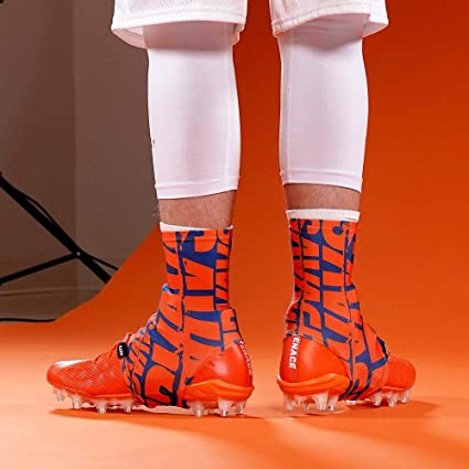 2b20231def1 Amazon.com   Savage Chroma Navy Orange Spats Cleat Covers   Sports ...