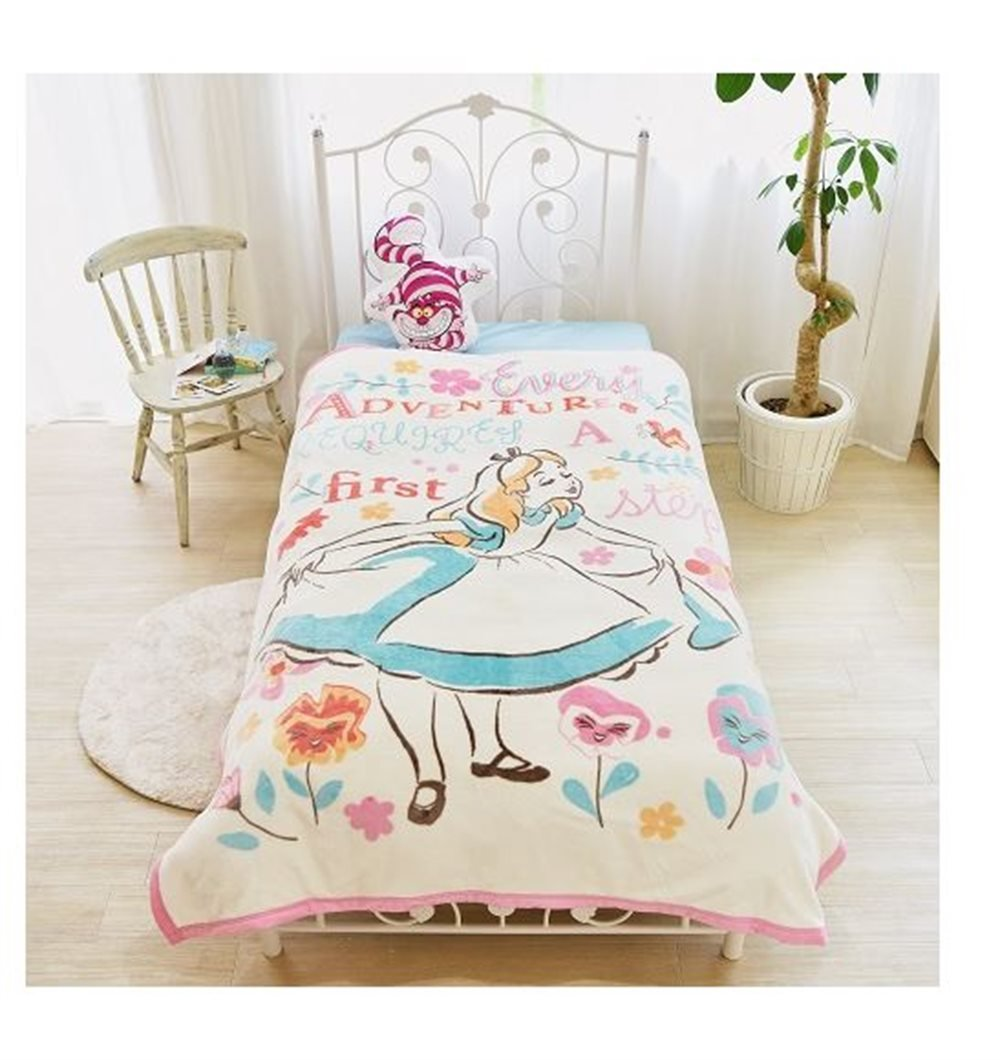 Disney Alice Picture Blanket Washable for Twin sized bed