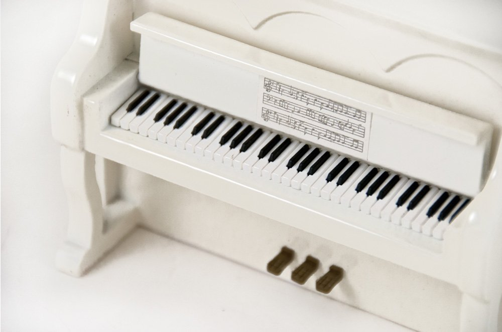 Miniature 18 Note Musical Hi - Over 400 Song Choices - Gloss White Upright Piano with Bench God Bless America by MusicBoxAttic (Image #3)