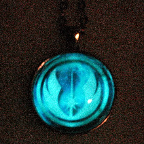 [Glow Star Wars inspired JEDI Necklace, The LIGHT - GLOW in the dark] (Jedi Costume Images)
