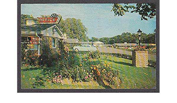Scott's Motel 2930 West 6th St Erie PA postcard 1956 at