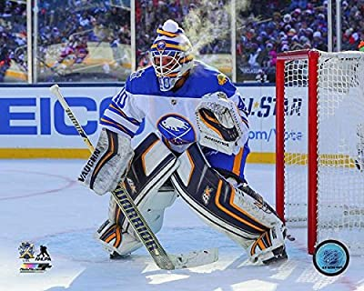 "Robin Lehner Buffalo Sabres 2018 NHL Winter Classic Photo (Size: 8"" x 10"")"