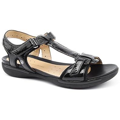 9f144f412eeec Clarks Ladies Voshell Black Flat Sandals Size 9  Amazon.co.uk  Shoes ...