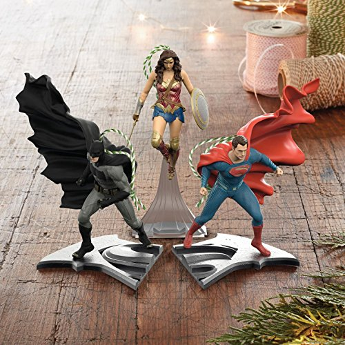 Hallmark Batman V. Superman Dawn of Justice Superman Keepsake Ornament, 4.15-Inch by 4.39-Inch by x 2.73-Inch at Gotham City Store
