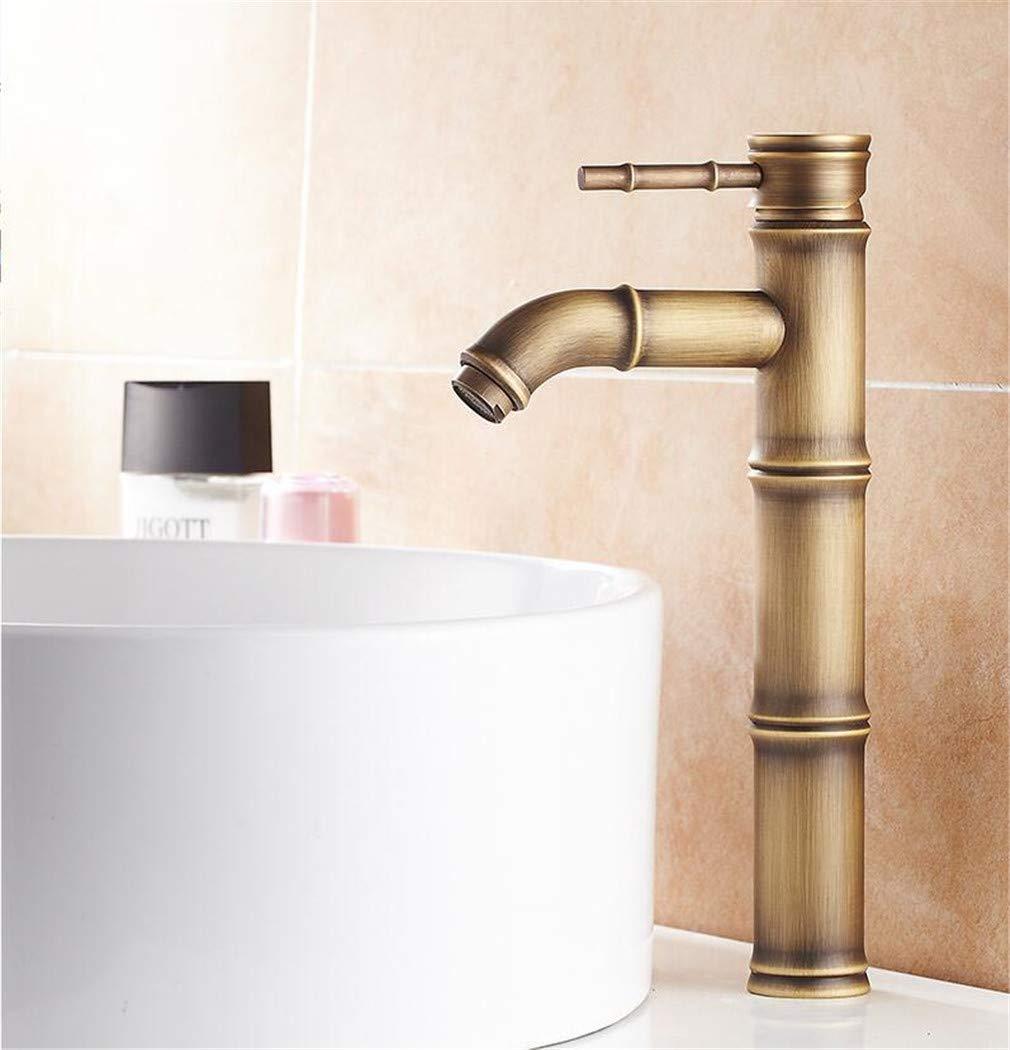 Fournitures de nettoyage et d\'entretien Grand robinet de salle de ...