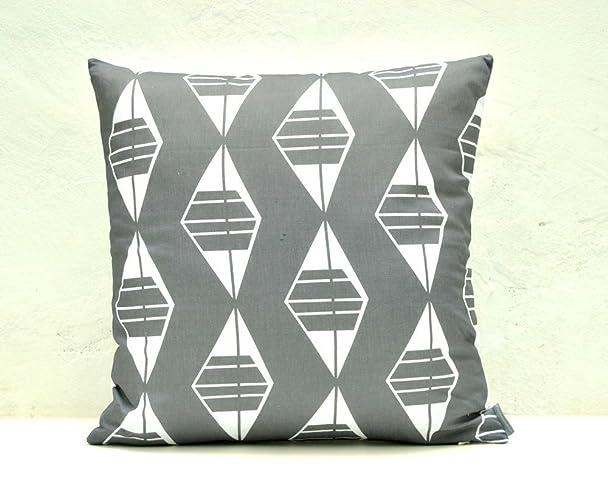 Funda de cojín gris pizarra con diseño sobre textil de ...
