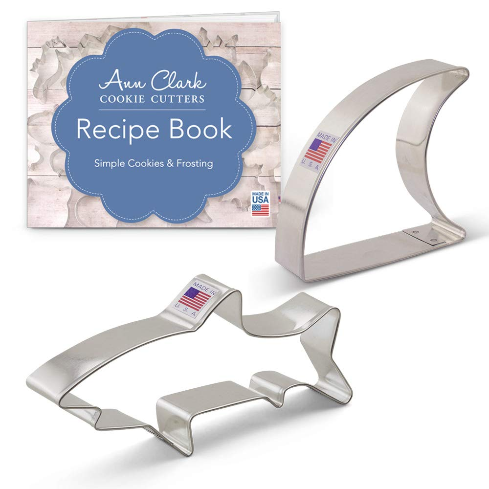 Ann Clark Cookie Cutters 2-Piece Shark Cookie Cutter Set with Recipe Booklet, Shark and Fin