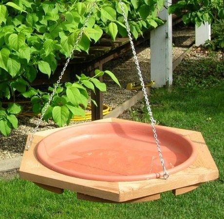 Looker Products 17 Hanging Classic Cedar Bird Bath with Removable Pan