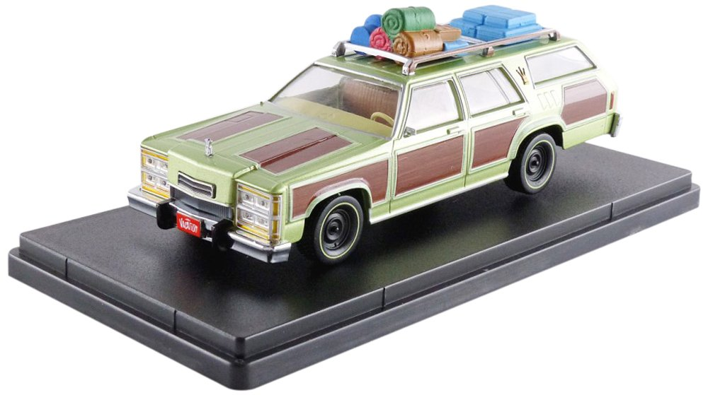 Greenlight 86482 1979 Family Truckster Wagon Queen Honky Lips Version National Lampoon's Vacation Movie 1983 1 43 Scale
