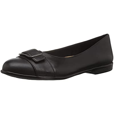 Trotters Women's Aubrey Loafer Flat | Shoes