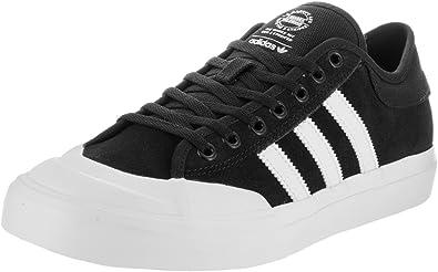 Intrusión pantalones oído  Amazon.com: adidas Matchcourt Skate Sneakers Adv Black/White/White (13):  Shoes