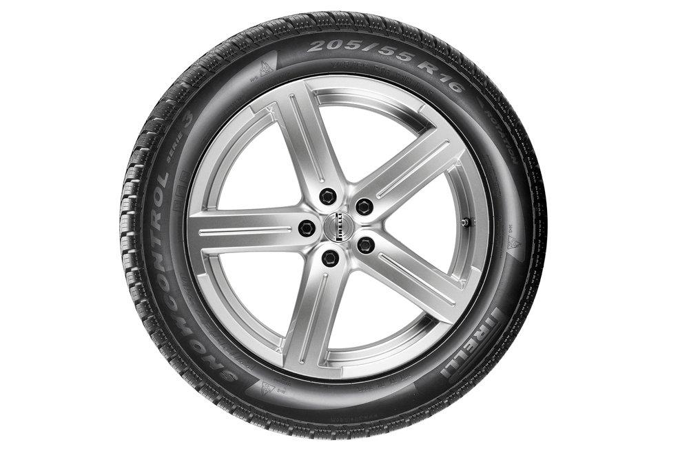 Pirelli Winter 210 SnowControl Serie III Pneumatico invernales 175//65//R15 84H E//B//71