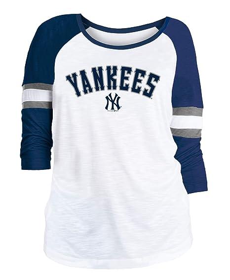 ef2f2322 Amazon.com : New Era New York Yankees Women's MLB Baseball 3/4 Sleeve  Raglan Shirt : Sports & Outdoors