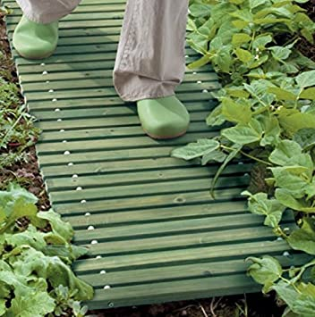 Portable Backyard Garden Wood Pathway Green Set of 4 = 12 Ft