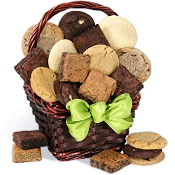 Amazoncom Holiday Baked Goods Gift Basket Gourmet Food Gifts