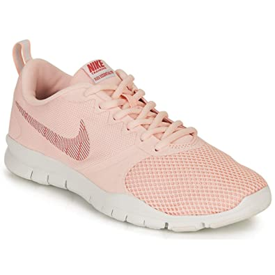 Especial tristeza Admitir  Nike Women's Flex Essential Training Shoe Track & Field: Amazon.co ...