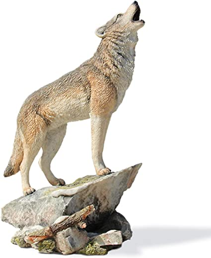 Resin Craft Wolf Statue with Solar Light Garden Sculpture Home Lawn Ornament