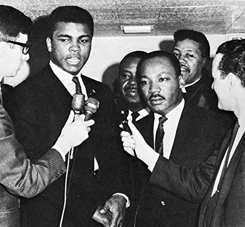 (Muhammad Ali and Martin Luther King Jr speak to reporters Photo Print (10 x 8))