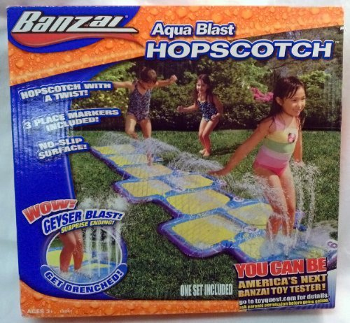 (Banzai Aqua Blast Hopscotch Water Splash Pad)
