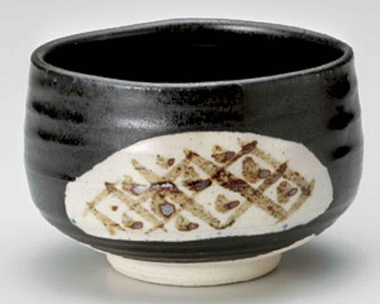 Shino Black 4.5inch Set of 2 Matcha-Bowls White Ceramic Made in Japan by Watou.asia