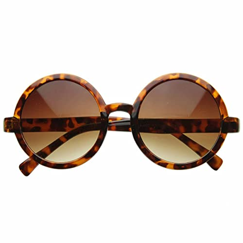 3008612fba Amazon.com  Cute Mod-era Vintage Inspired Round Circle Sunglasses ...