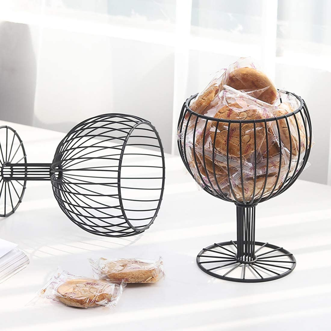 S/ü/ßigkeiten und Kekse dekorative Snacks Halter Stehen f/ür zu Hause Ggoddess Cup Shaped Eisen Obstkorb B/üro Desktop Obst