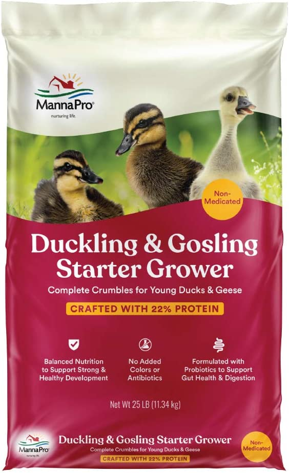 Manna Pro Duck Starter Grower Crumble | Non-Medicated Feed for Young Ducks | Supports Healthy Digestion | 25 Pounds