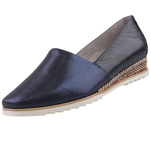f05c84253c2a Tamaris Damen Keil-Slipper Blau (Metallic)  Amazon.de  Schuhe   Handtaschen