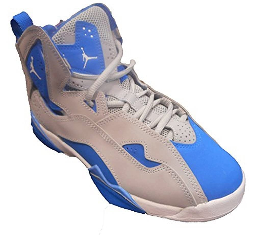 cb0fcd8e0c529 Amazon.com | Jordan Nike Boys True Flight BG, Wolf Grey/White-Blue ...
