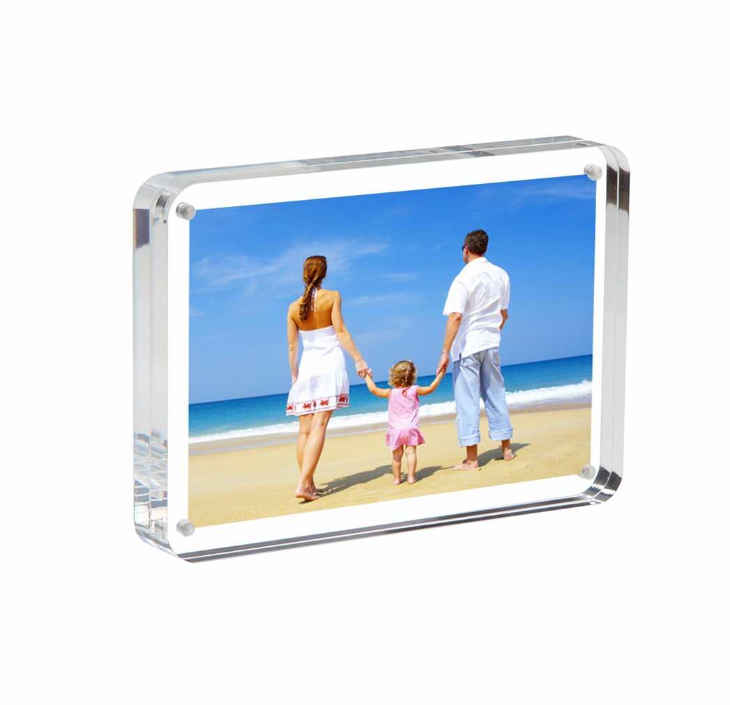 NIUBEE Clear Acrylic Photo Frame Gift Box Package, Double Sided Magnetic Acrylic Block Picture Frames, Frameless Desktop Postcard Display(Round) (4x6 inch) NBPN-033K