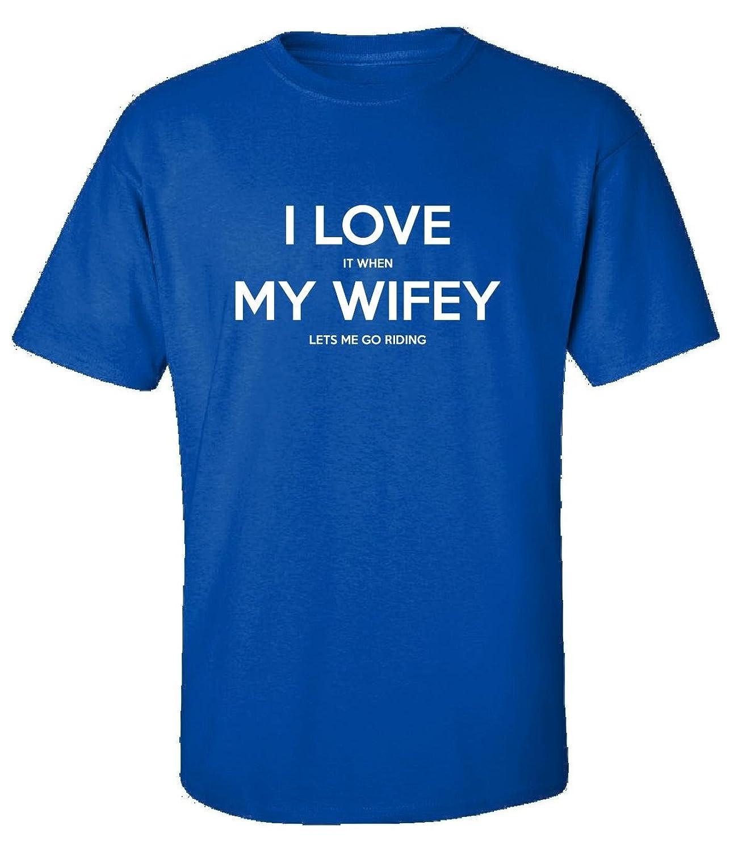 Riding wifey me
