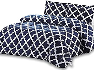 Utopia Bedding Printed Queen  Goose Down Alternative Comforter Set with 2 Pillow Shams