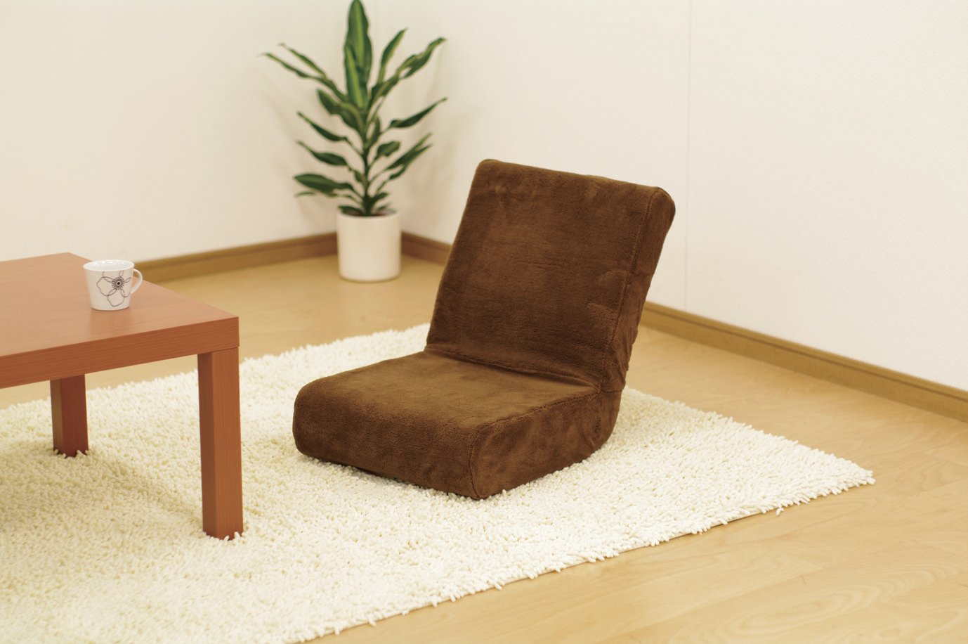 リビングの座椅子