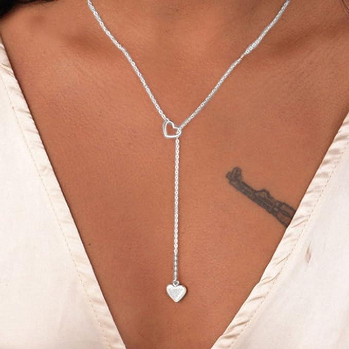 Amazon.com: Collar con colgante de tres corazones de acero ...