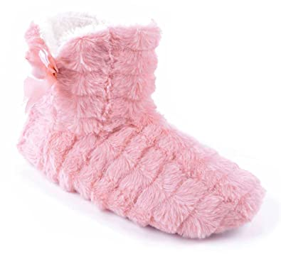 64377e8053f SlumberzzZ Womens Faux Fur Padded Ankle Boot Slippers - Pink - UK 3 ...
