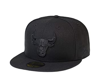 A NEW ERA Era Chicago Bulls Black on Black Edition 59Fifty Fitted ...