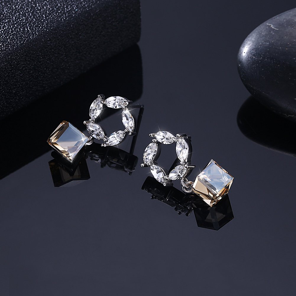 Cinlan Wreath Square Crystal Pendant S925 Sterling Silver Stud Earrings